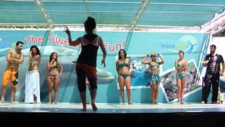 getlinkyoutube.com-Мужчинка уделал девок в танце живота...