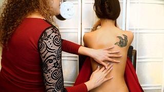 getlinkyoutube.com-Beautiful Back Tickle ASMR ♥ tickling, Tracing, Light Massage with Ear to Ear Whispering