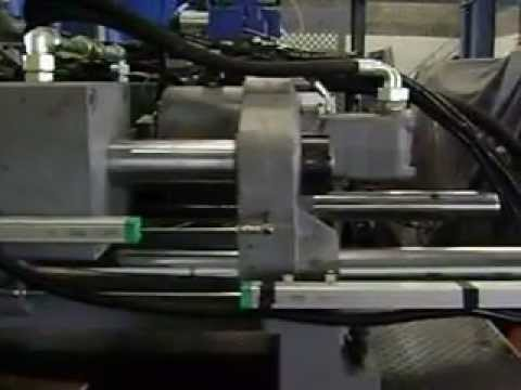 Injetora de Plastico RDA 2000/1000 filmagem  20.01.2011