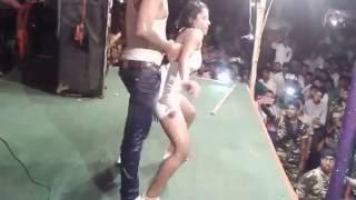 Yun Ankhiyaan Milake Ankhiyon Se Stage Show Rain Dance
