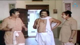 getlinkyoutube.com-Khaidi No 786 - Blackmailing Comedy  Sequence