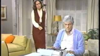 "getlinkyoutube.com-""The Mary Tyler Moore Hour"" - 1979 - Two Sketches with Mary and Dick Van Dyke playing Rob & Laura!!"