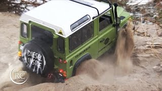getlinkyoutube.com-RC Land Rover Defenders off-roading, D90, D110