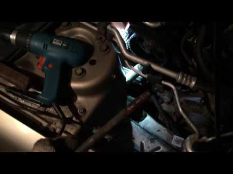 Расположение в Chrysler Себринг втулки на стартере