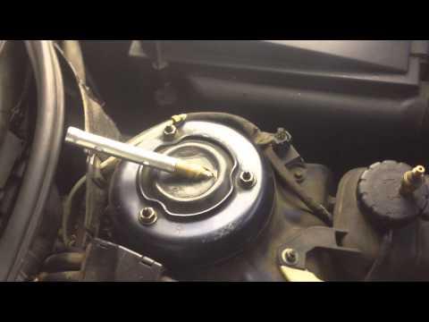 Mercedes-Benz S320 (W220) замена нагнетательного клапана