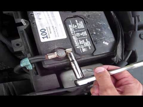 How to replace battery on Acura TL 2003 Type S