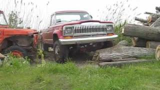 getlinkyoutube.com-JeeP - J10 1981 VS CJ7 1981 - 31 mai 09 Qc