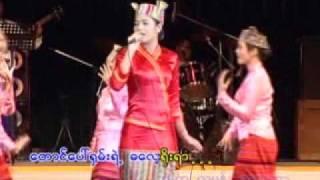 "getlinkyoutube.com-Soe Myat Nandar, စိုးျမတ္နႏၵာ - ""လက္တီး"""