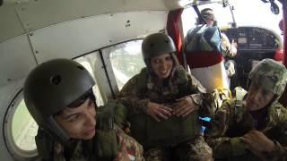 getlinkyoutube.com-Quarto lancio paracadutismo militare Folgore!!!