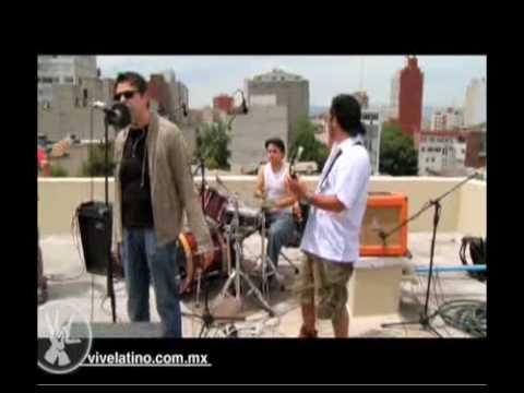 Palomazo sale de gira 2010 - Veo Muertos - Rola 3: