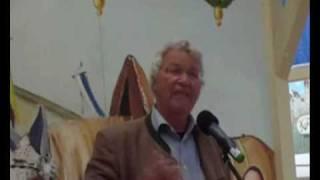 Präsentation 2010 - Gerhard Polt und der Wiesnmaßkrug (Video: Gerd Bruckner)