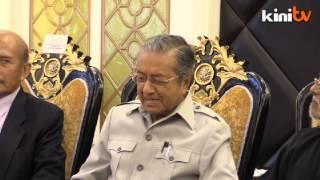 getlinkyoutube.com-Mahathir wants Isma to 'shut up'