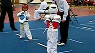 getlinkyoutube.com-Khalil First Taekwondo Tournament