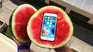getlinkyoutube.com-Can a Watermelon Protect iPhone 6s from 100 FT Drop Test? - GizmoSlip