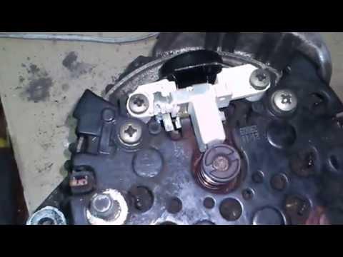 Где щетки генератора в Audi SQ7