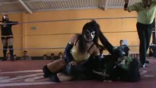 Lady Monster y  Sark Lady VS  Camilion y Lili Dark