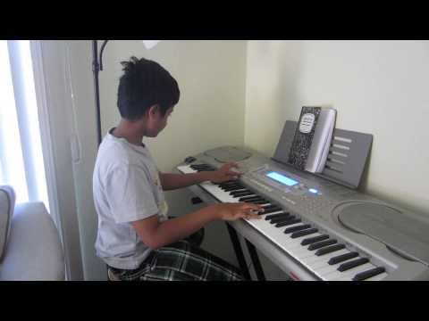Hai Apna Dil to Aawara on keyboard by Rishabh