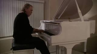 """getlinkyoutube.com-George Gershwin """"Summertime"""" performed by Peter Vamos"""
