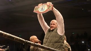 getlinkyoutube.com-GYPSY KING TYSON FURY RING WALKS WITH WBO WORLD CHAMPION BILLY JOE SAUNDERS IN SCOTLAND