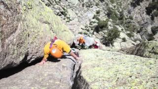 Classic Multi-Pitch Climbing: Frank Sanders Climbs Durrance Route (5.7) at Devils Tower, Wyoming