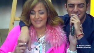getlinkyoutube.com-والدة رافاييل جبور تشاركه الغناء في قاعة المسرح - ستار اكاديمي 11 - 24/12/2015