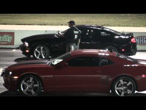 Camaro Mustang Challenger on Road Test And Drag Race  2013 Ford Mustang Gt500 Vs 2012 Camaro Zl1