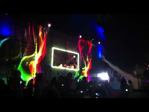 Ultra 2011- Skrillex- In For the Kill - HD - Dedication to Ladies