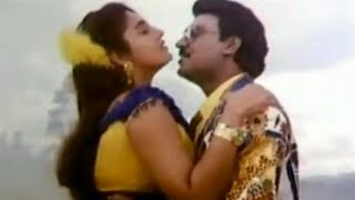 getlinkyoutube.com-Holly Holly - Rasukutty - Tamil Song - K. Bhagyaraj, Ishwarya