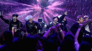 EXCLUSIVE! BTS Takes the Stage with 'DNA'
