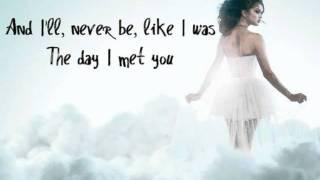 getlinkyoutube.com-Selena Gomez & The Scene - Ghost of You (Lyrics on Screen + No Pitch Change)