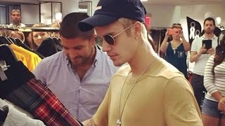getlinkyoutube.com-Justin Bieber denies hug from fan while clothes shopping