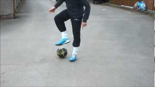 getlinkyoutube.com-Football Dribble tricks control tutorial 1