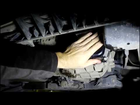 Замена масла в автоматической коробке АКПП на KIA Sportage 2,0 Киа Спортейдж 2012 года