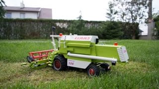 getlinkyoutube.com-Lego motorized combine harvester Claas Dominator 106.