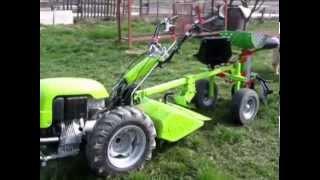 getlinkyoutube.com-MOTOKULTIVATOR GRILLO 107D - sajenje krompirja