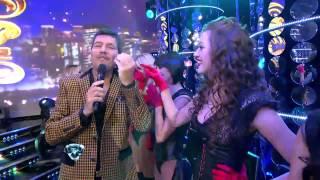 getlinkyoutube.com-Showmatch 2012 - Besos para todas en Showmatch