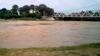 "getlinkyoutube.com-Rekaman Banjir Sungai Cimanuk ""Bojong Seler"" Jawa Barat 16 Maret 2015"