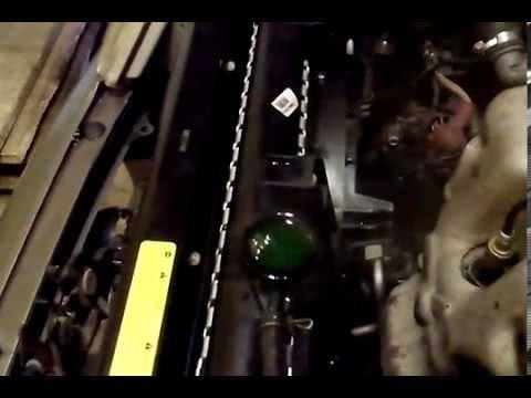 Удаления воздуха из системы Nissan primera P11