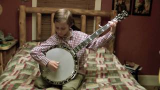 getlinkyoutube.com-8 Year Old Jonny Mizzone - Flint Hill Special - Sleepy Man Banjo Boys