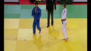 getlinkyoutube.com-JUDO 2009 Tournois de Paris: Masato Uchishiba 内柴 正人 (JPN) - Mikhail Pulyaev (RUS)