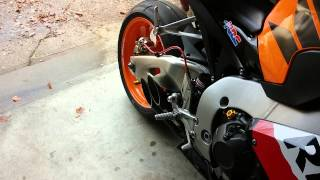getlinkyoutube.com-Toce exhaust 2013 cbr1000rr repsol