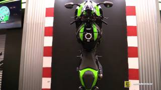 2016 Kawasaki Ninja ZX10R Hanging Bike, Naked Frame and Engine Walkaround - 2015 AIMExpo Orlando