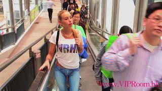 getlinkyoutube.com-Naked Girl Walks Around Hong Kong With No Pants are the Best Pants