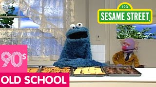 getlinkyoutube.com-Sesame Street: Cookie Monster: It's Important