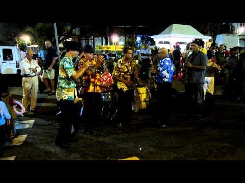 Musique creole populaire reunionnaise