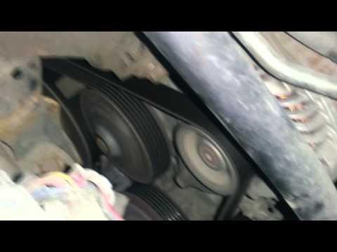 Где у Mazda Кседос 6 находится сальник коленвала