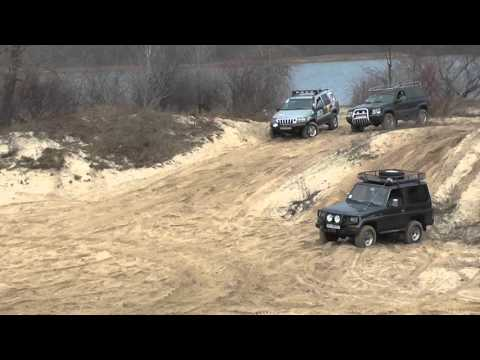 Drag racing 4x4 Jeep Grand Cherokee Wj 4.7 V8 vs Jeep Grand Cherokee Zj V8 5.2