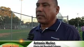 getlinkyoutube.com-Entrevista pelotero cubano Antonio Muñoz/ MiraTV Tampa