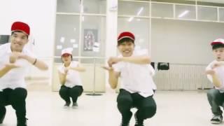 getlinkyoutube.com-Funny Dance   Miku Miku Dance