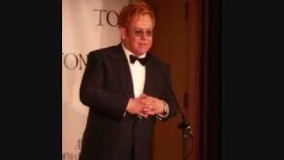 getlinkyoutube.com-Elton John - Live Like Horses (solo version)